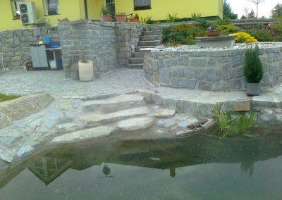 Kameny pro stavbu jezírek